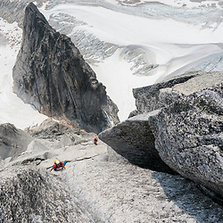 Guillaume Paquette climbing Crack of Noon in the Bugbaoos