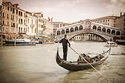 Gondola at the Rialto Bridge on the Grand Canal, Venice, Veneto, Italy