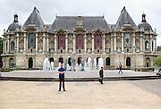 Frankrijk, Lille, 18-8-2013Lille ligt in een sterk de verarmde regio noordwest. Het is de hoofdstad van Frans Vlaanderen, van de regio Nord Pas de Calais en van het Noorder departement. Sfeerbeelden van de oude stad en het oude centrum rond de Grand Place. Palais des beaux arts. Museum, kunst.Foto: Flip Franssen/Hollandse Hoogte
