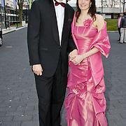 NLD/Hilversum/20100322 -  Inloop schaatser van het jaar verkiezing, Gerard van der Velde en partner Margot den Herder