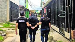 """November 20, 2018 - (21112018) Una de las madres fue detenida en Barreal de Heredia; otra, en Tambor de Alajuela. El hombre involucrado fue arrestado en su centro de trabajo, en Pavas. PROHIBIDO EL USO O REPRODUCCIÃ""""N EN COSTA RICA. (Credit Image: © La Nacion via ZUMA Press)"""