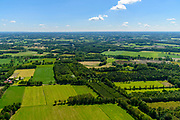 Nederland, Gelderland, Achterhoek, 29-05-2019; Achterhoek, Woold - omgeving Winterswijk Miste. Verkaveling en landelijk gebied, Coulissenlandschap (ten zuiden van Winterswijk)<br /> Achterhoek, east Netherlands (near border w Germany)<br /> Rural area, Coulissen landscape.<br /> luchtfoto (toeslag op standard tarieven);<br /> aerial photo (additional fee required);<br /> copyright foto/photo Siebe Swart