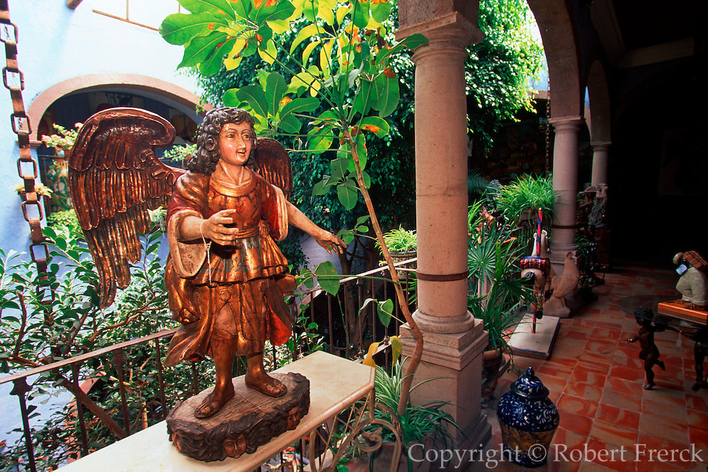 MEXICO, SAN MIGUEL ALLENDE antiques and crafts in Casa Canela shop