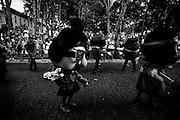 Mariana_MG, 16 de Fevereiro de 2010 ..Carnaval nas cidades historicas de Minas Gerais..Na foto, o Bloconeco do Catin e a Banda Navegantes desfila no centro historico da cidade..Foto: Leo Drumond / NITRO