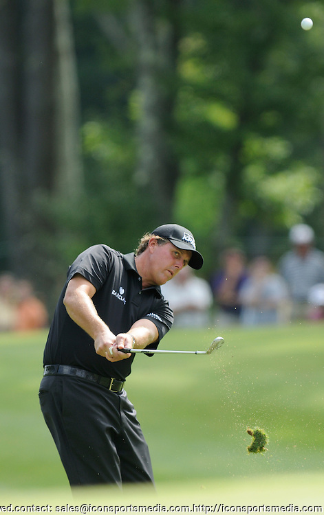 29 Aug 2008:  Phil Mickelson chips out of the rough during the first-round of the PGA Deutsche Bank Championship at the TPC Boston in Norton, MA.