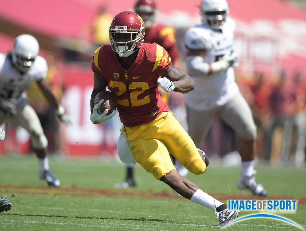 Sep 10, 2016; Los Angeles, CA, USA; USC Trojans running back Justin Davis (22) carries the ball against the Utah State Aggies during a NCAA football game at Los Angeles Memorial Coliseum.
