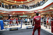 BOXEN: IBO-Weltmeisterschaft, Pressetraining, Hamburg, 03.07.2019<br /> EC Boxing: Igor Mikhalkin und Trainer Bülent Baser<br /> © Torsten Helmke
