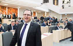 17.04.2018, Hofburg, Wien, AUT, Parlament, Sitzung des Nationalrates mit Generaldebatte über das Doppelbudget 2018 und 2019, im Bild ÖVP-Klubobmann August Wöginger // Party whip of the Austrian Peoples Party (OeVP) August Woeginger during meeting of the National Council of Austria regarding on federal budget for 2018 and 2019 at Hofburg palace in Vienna, Austria on 2018/04/17, EXPA Pictures © 2018, PhotoCredit: EXPA/ Michael Gruber