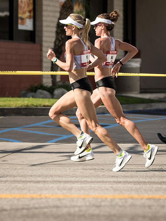 USA Olympic Team Trials Marathon 2016, Shalane Flanagan and Amy Cragg lead, Nike Bowerman