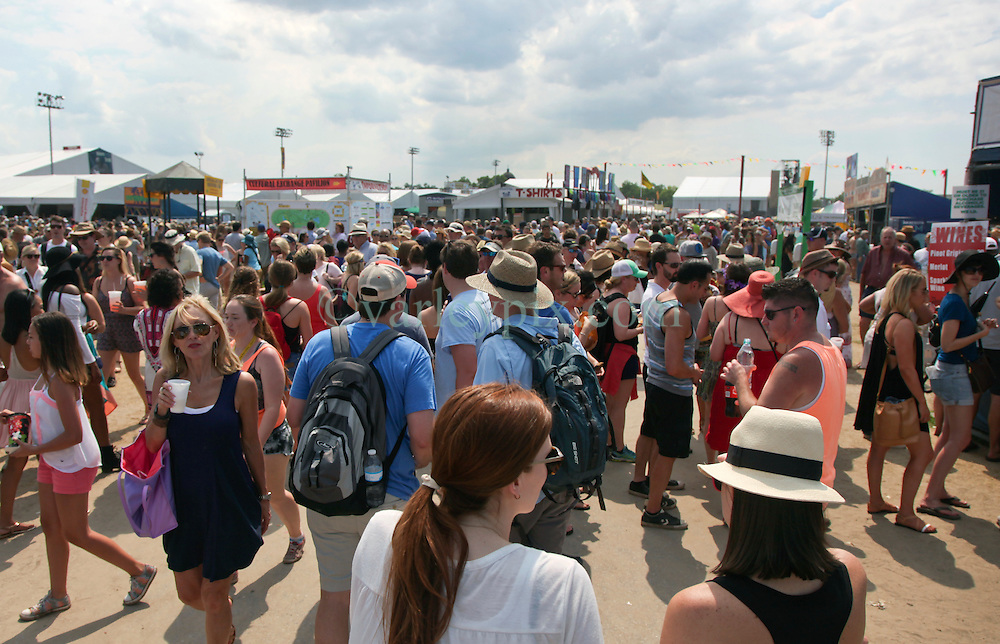 02 May 2015. New Orleans, Louisiana.<br /> The New Orleans Jazz and Heritage Festival. <br /> A busy day at the festival with huge crowds. <br /> Photo; Charlie Varley/varleypix.com