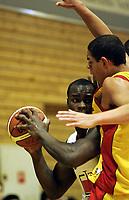 Basketball<br /> Seriestart BLNO<br /> Rykkinhallen<br /> 04.10.2009<br /> Gimle v Frøya<br /> Foto: Morten Olsen, Digitalsport<br /> <br /> Peter Bullock - Gimle