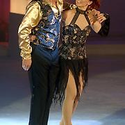 NLD/Hilversum/20060818 - Opname RTL Sterren Dansen op het IJs, Klaas Wilting met schaatspartner Victoria Timochenko