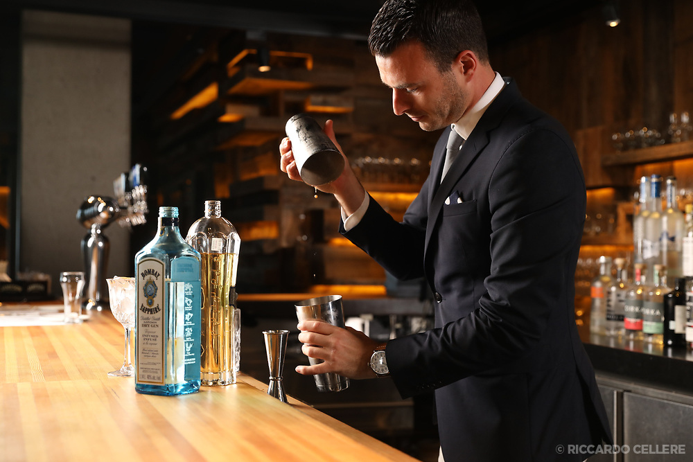 Food and Beverage Photography - Bombay Sapphire bartender.