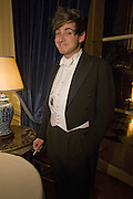 RICHARD DENNEN , Crillon Debutante Ball 2007,  Crillon Hotel Paris. 24 November 2007. -DO NOT ARCHIVE-© Copyright Photograph by Dafydd Jones. 248 Clapham Rd. London SW9 0PZ. Tel 0207 820 0771. www.dafjones.com.