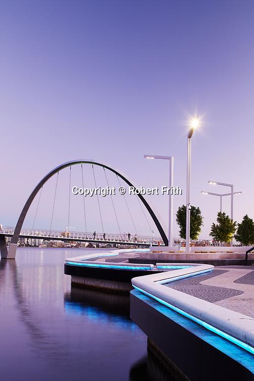 Pedestrian and cycle bridge at Elizabeth Quay