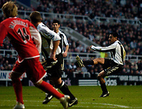 Photo: Jed Wee.<br />Newcastle United v Middlesbrough. The Barclays Premiership. 02/01/2006.<br />Newcastle's Nolberto Solano (R) scores the opening goal from a freekick.