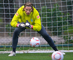 07.01.2011, Trainingsgelaende, Belek, TUR, Werder Bremen Trainingslager Belek Tuerkei 2011 Day04, im Bild Keeper Tim Wiese ( Werder #01)    EXPA Pictures © 2011, PhotoCredit: EXPA/ nph/  Kokenge       ****** out of GER / SWE / CRO ******