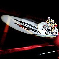 Nederland, Rotterdam, 07-01-2012.<br /> Wielrennen, Baan, Zesdaagse.<br /> Pim Ligthart ( boven ) en zijn koppelgenoot Bartko worden aan het begin van de avond voorgesteld aan het publiek.<br /> Foto: Klaas Jan van der Weij