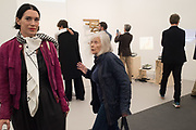 SARAH MORRIS; DORIS SAATCHI,, opening of Frieze. Regent's Park. London. 4 October 2017