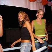 Miss Nederland 2003 reis Turkije, Elise Boulonge, Lianne Langkamp en Nathalie Hassink
