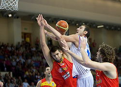 Rudy Fernandez vs Nenad Krstic of Serbia during the basketball match at 1st Round of Eurobasket 2009 in Group C between Spain and Serbia, on September 07, 2009 in Arena Torwar, Warsaw, Poland. (Photo by Vid Ponikvar / Sportida)