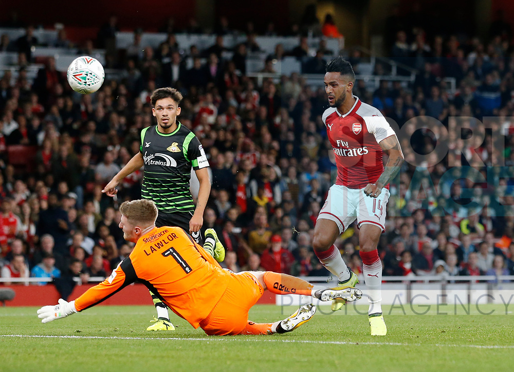 Arsenal's Theo Walcott scoring his sides opening goal during the Carabao cup match at the Emirates Stadium, London. Picture date 20th September 2017. Picture credit should read: David Klein/Sportimage