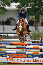 Garcia Juan Carlos (ITA) - Hamilton De Perhet<br /> Hamburg Mannheimer Grand Prix <br /> CSIO Lummen 2009<br /> Photo © Dirk Careman