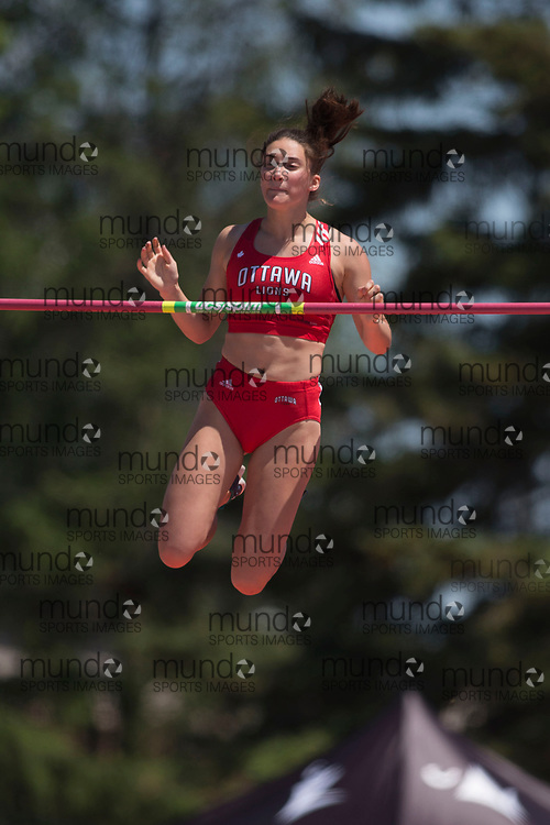 OTTAWA, ON -- 07 July 2018: Caroline Poirier clears the bar in the U20 pole vault at the 2018 Athletics Canada National Track and Field Championships held at the Terry Fox Athletics Facility in Ottawa, Canada. (Photo by Sean Burges / Mundo Sport Images).