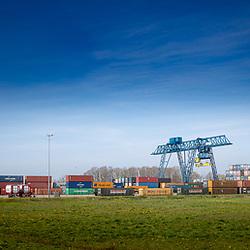08-04-2020: Nieuws: Stockfotos: Nederland<br /><br />Twentepoort Logistic Centre Almelo