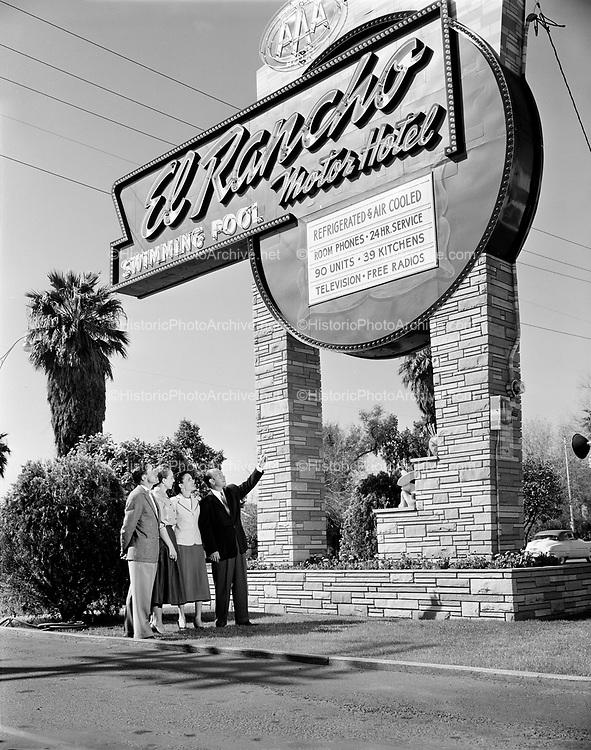0301-355A. El Rancho Motel, Phoenix, Arizona. 1950s