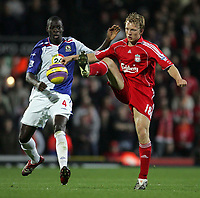 Photo: Paul Thomas/Sportsbeat Images.<br /> Blackburn Rovers v Liverpool. The FA Barclays Premiership. 03/11/2007.<br /> <br /> Blackburn's Christopher Samba (L) tries to tackle Dirk Kuyt (R) of Liverpool.