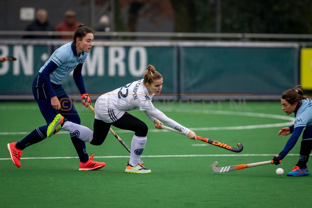 LAREN -  Hockey Hoofdklasse Dames: Laren v Pinoké, seizoen 2020-2021. Foto: Mijntje van Campen (Pinoké)
