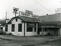 1949 Barney's Beanery at 8447 Santa Monica Blvd.