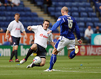 Photo: Chris Ratcliffe.<br />Leicester City v Ipswich Town. Coca Cola Championship. 12/08/2006.<br />Gavin Williams (L) of Ipswich clashes with Josh Low of Leicester.