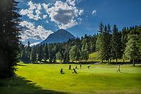 SEEFELD Tirol   Oostenrijk,  -  green hole 18. Golfclub Seefeld Wildmoos.    COPYRIGHT KOEN SUYK
