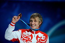 14-02-2010 ALGEMEEN: OLYMPISCHE SPELEN: CEREMONIE: VANCOUVER<br /> Huldiging van de 5000 meter, brons voor Ivan Skobrev RUS <br /> ©2010-WWW.FOTOHOOGENDOORN.NL