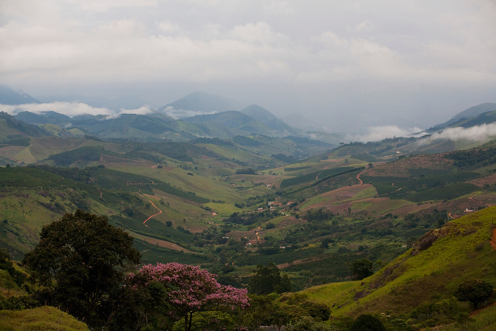 Muniz Freire_ES, Brasil...Vista geral da regiao da cidade de Muniz Freire...Panoramic view of Muniz Freire...Foto: LEO DRUMOND / NITRO