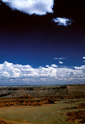 UT: Utah; Canyonlands National Park, Dead Horse Point view            .Photo Copyright: Lee Foster, lee@fostertravel.com, www.fostertravel.com, (510) 549-2202.Image: utcany207