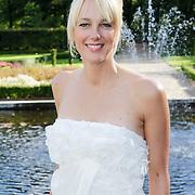 NLD/Staverden/20121004- Huwelijk schaatsster Marianne Timmer met voetbalkeeper Henk Timmer,