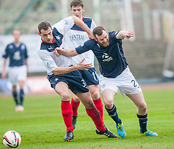Falkirk's David McCracken holds Dundee's Craig Beattie.<br /> Dundee 0 v 1 Falkirk, Scottish Championship game played today at Dundee's Dens Park.<br /> © Michael Schofield.