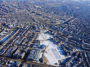 Nederland, Noord-Holland, Amsterdam, 13-02-2021; Museumplein onder de sneeuw en in de winter, gezien naar Rijksmuseum en grachtengordel.<br /> Museumplein under the snow and in winter.<br /> luchtfoto (toeslag op standaard tarieven);<br /> aerial photo (additional fee required)<br /> copyright © 2021 foto/photo Siebe Swart