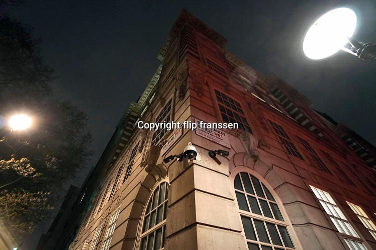 Engeland, Londen, 10-4-2019Straatbeeld van het centrum van de stad. Beveiligingscamers, securitycamera,surveillancecamera,privacy,veiligheid,straat,openbare,ruimteFoto: Flip Franssen