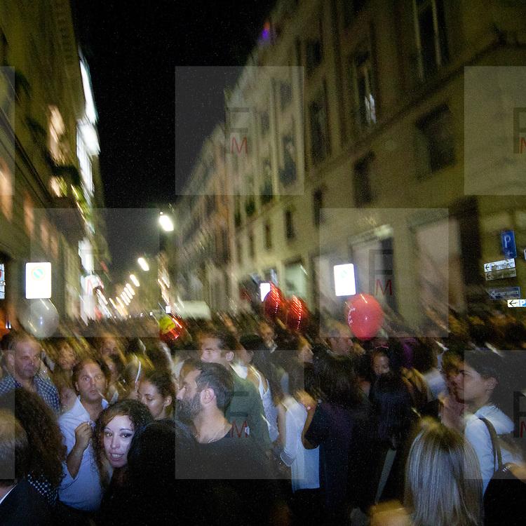 Edizione 2011 Fashion Night Out in via Montenapoleone..2011 edition of Fashion Night Out in Via Montenapoleone in Milan