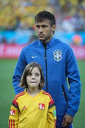 Neymar Junior canta hino nacional na partida entre Brasil x Croácia, na abertura da Copa do Mundo 2014, no Estádio Arena Corinthians, em São Paulo. FOTO: Jefferson Bernardes/ Agência Preview