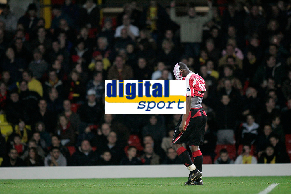 Photo: Marc Atkins.<br /> Watford v Sheffield United. The Barclays Premiership. 28/11/2006. Christain Nade of Sheffield Utd rues a missed chance on goal.
