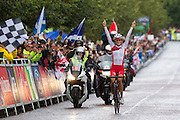 Mcc0055084 . Daily Telegraph<br /> <br /> England's Lizzie Armitstead wins Gold in the Women's Road Race on Day 11 of the 2014 Commonwealth Games in Glasgow .<br /> <br /> Glasgow 3 August 2014