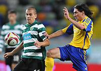 20091105: LISBON, PORTUGAL - Sporting Lisbon vs Ventspils: Europa League 2009/2010 - Group Stage. In picture: Andre Marques (SPO, L). PHOTO: Alexandre Pona/CITYFILES