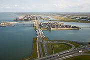 Nederland, Amsterdam, IJburg, 16-04-2008; Zeeburgereiland (met Ringweg A10) in de voorgrond, de Enneus Heermabrug (dubbele boogbrug) is de verbinding met IJburg; het eerste eiland is het Steigereiland daar achter Haveneiland (het rechterdeel bestaat uit het Grote en Kleine Rieteiland, geheel rechts Diemen-Zuid..luchtfoto (toeslag); aerial photo (additional fee required); .foto Siebe Swart / photo Siebe Swart
