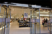 Nederland, Den Bosch, 6-9-2014Filiaal, vestiging van luxe warenhuis de Bijenkorf. Het concern wil zich meer richten op internetverkoop. De winkels in Arnhem en Enschede zijn gesloten.Foto: Flip Franssen/Hollandse Hoogte