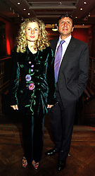 The HON.SIR ROCCO & LADY FORTE at an exhibition in London on 20th September 1999.MWN 58